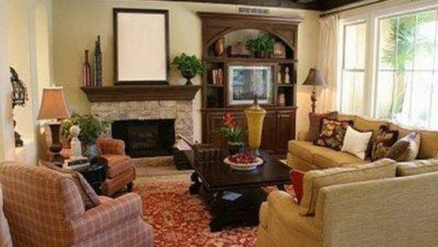 Small Living Room Classic Furniture Arrangement
