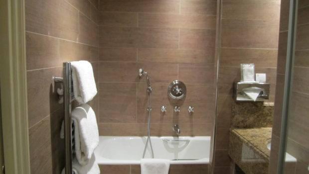 Small Modern Bathroom Designs