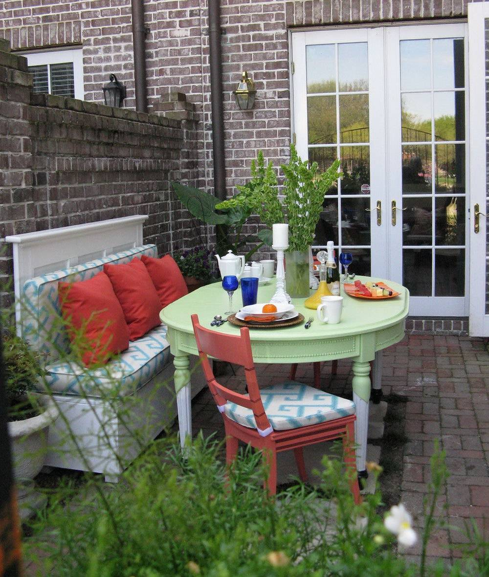 Home Design Ideas Outside: Small Townhouse Patio Decorating Ideas Home Design