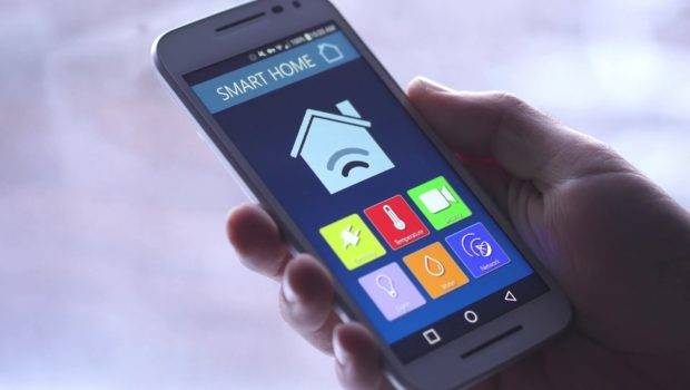 Smart Home Temperature Control Smartphone App
