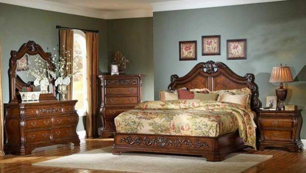 Striking Victorian Bedroom Designs Leave
