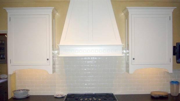 Subway Tile Backsplash Classic Style