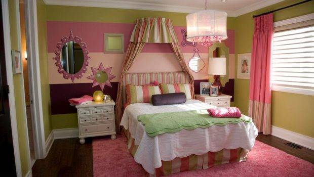 Teenage Cute Bedroom Canopy Bed Home Decorating Trends Homedit