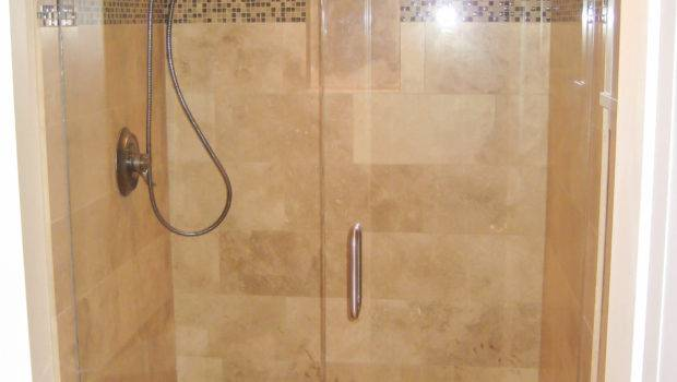 Tile Showers Small Bathrooms Grasscloth