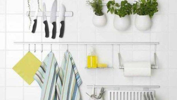 Tips Decorating Small Kitchen Your
