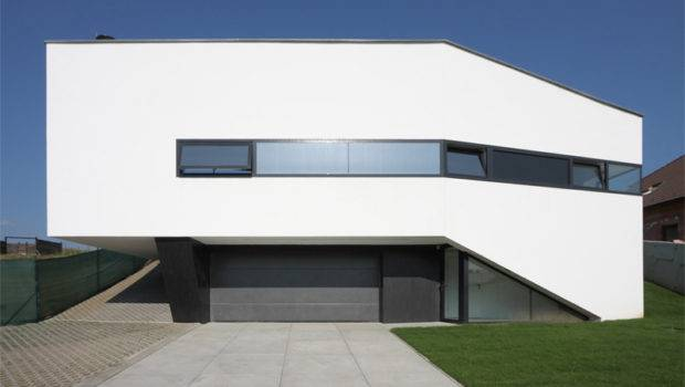 Truly Modern House Design Cool Interior Black White Colors