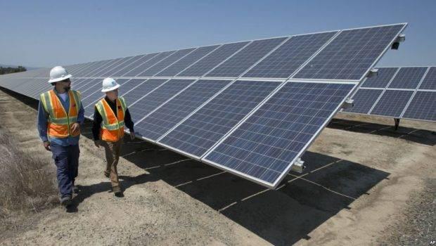Trump Imposes Stiff Tariffs Imported Solar Panels