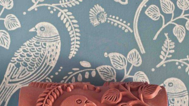 Tuvi Patterned Paint Roller Painted House