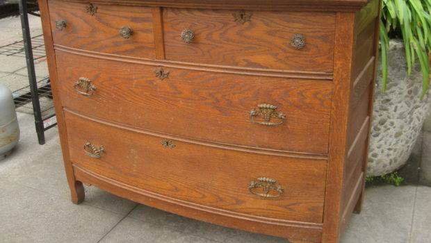 Uhuru Furniture Collectibles Sold Antique Oak Dresser