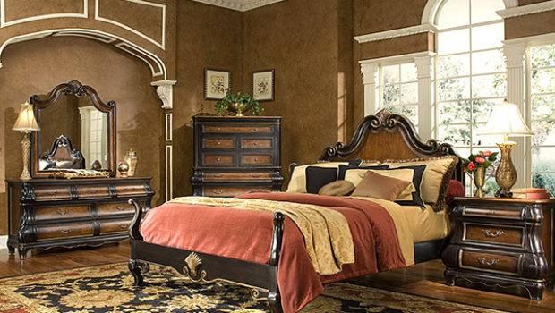 Victorian Style Bedroom Bukit