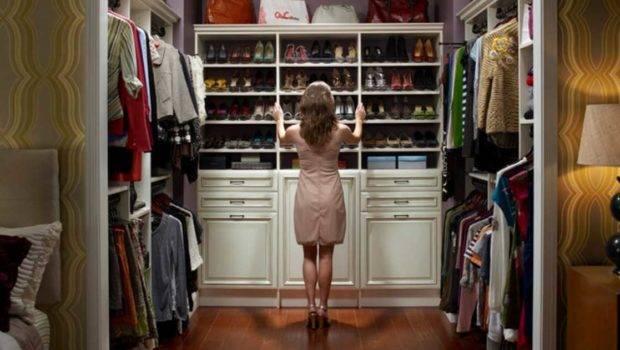 Walk Closet Organization Ideas White Color Theme