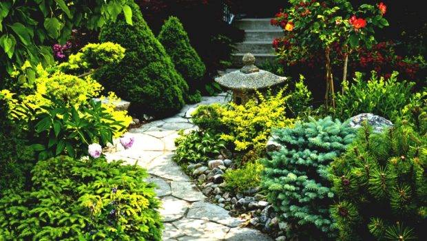 Wonderful Simple Front Garden Ideas Green Grass