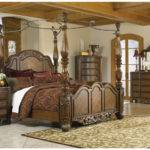 Wood Canopy Beds