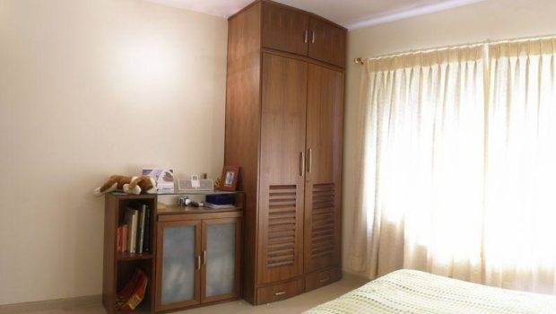 Wooden Almirah Designs Bedroom Here Share Our Design Ideas